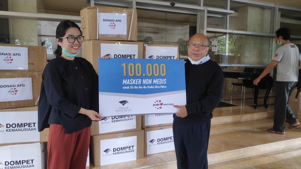 Yayasan Cinta Anak Bangsa Donasikan 10 Ribu APD