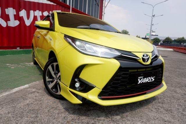 New Toyota Yaris Bersolek Tipis