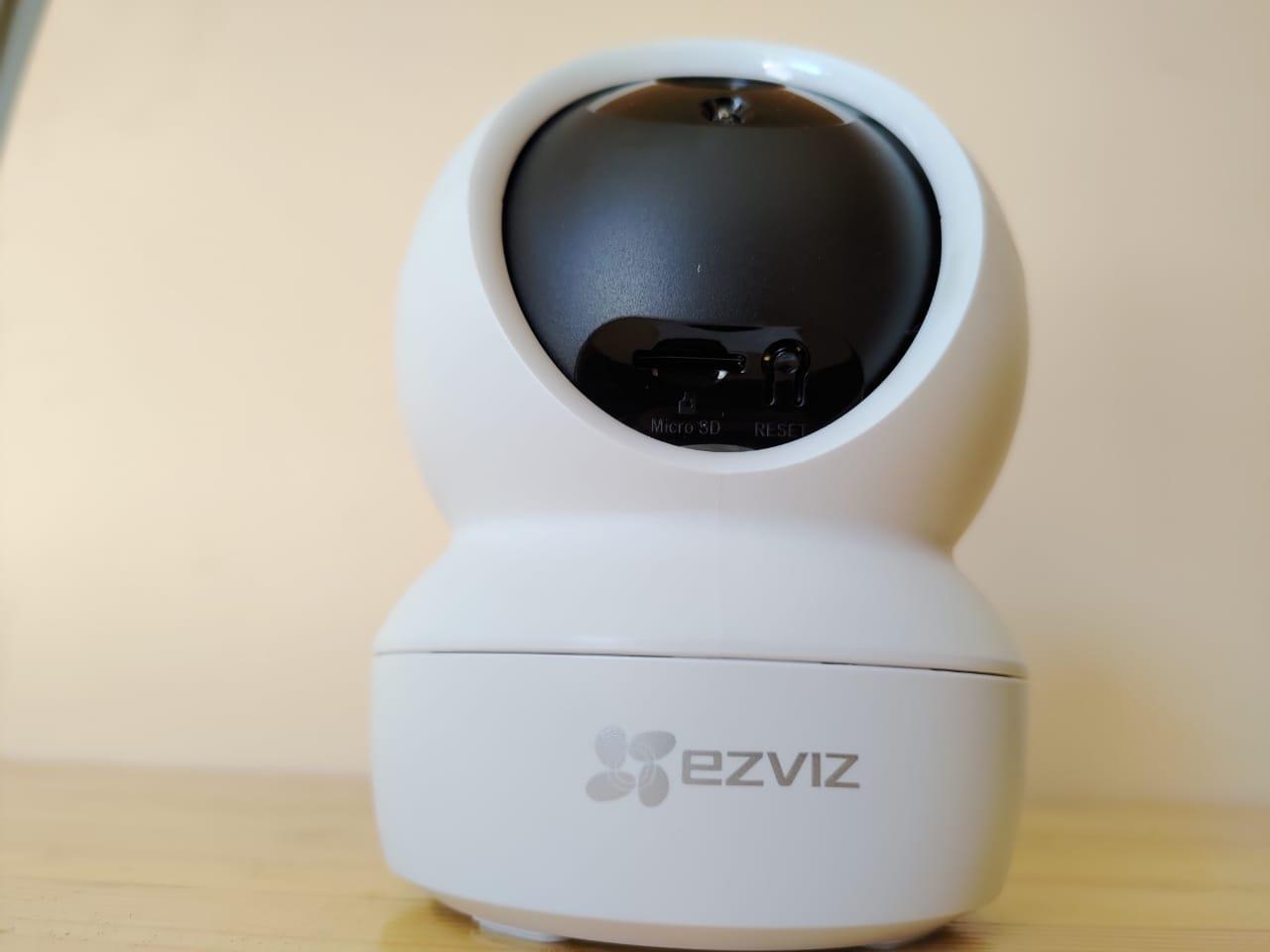Ezviz C6N, Kamera CCTV Indoor Canggih, Murah, Mudah Dipasang