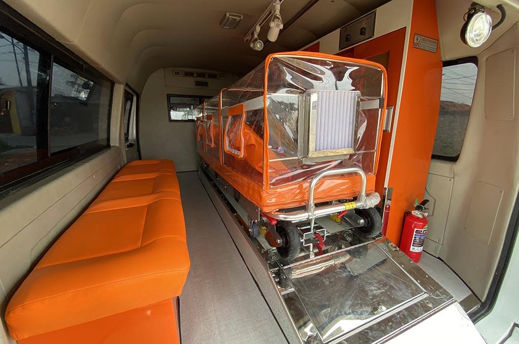 DFSK Super Cab Bertransformasi Menjadi Mobil Ambulans