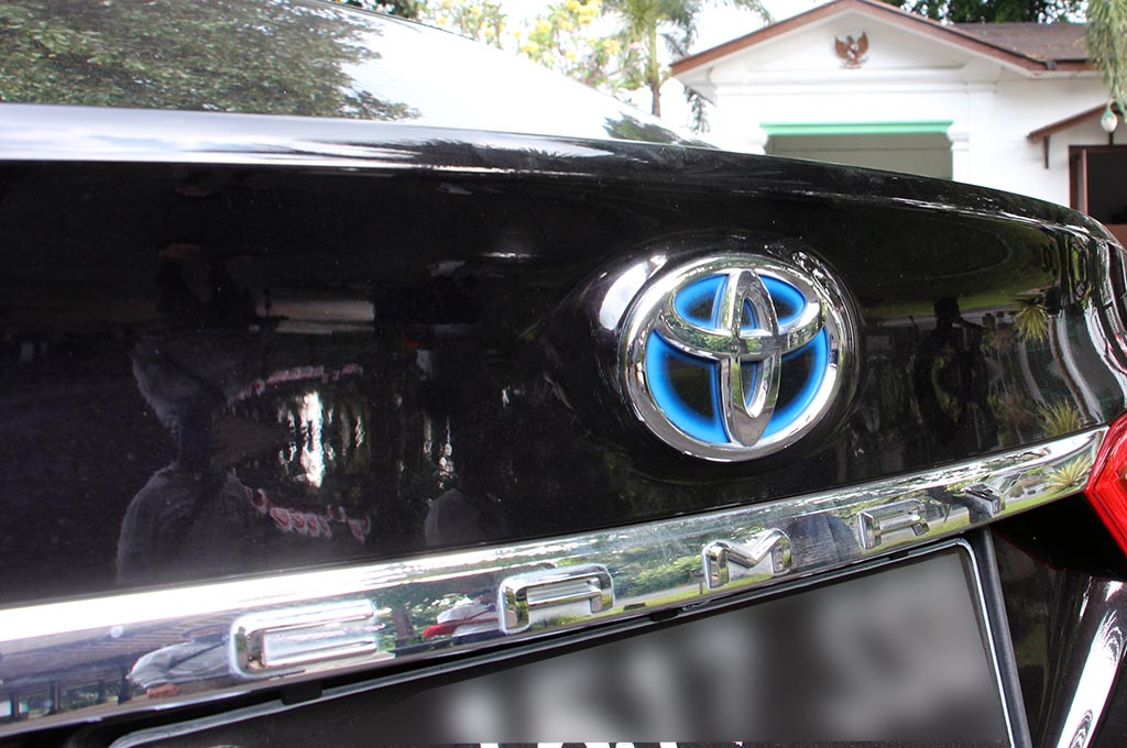 Seberapa Irit Konsumsi Bensin Mobil Hybrid?