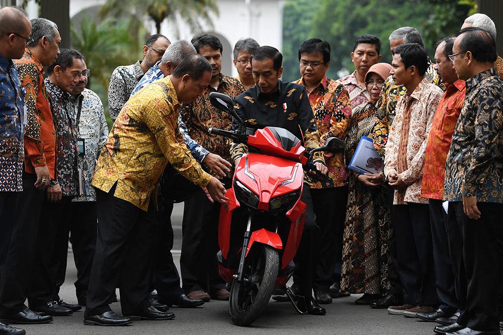 Jokowi: Gesits Ramah Lingkungan dan Butuh Adaptasi Khusus