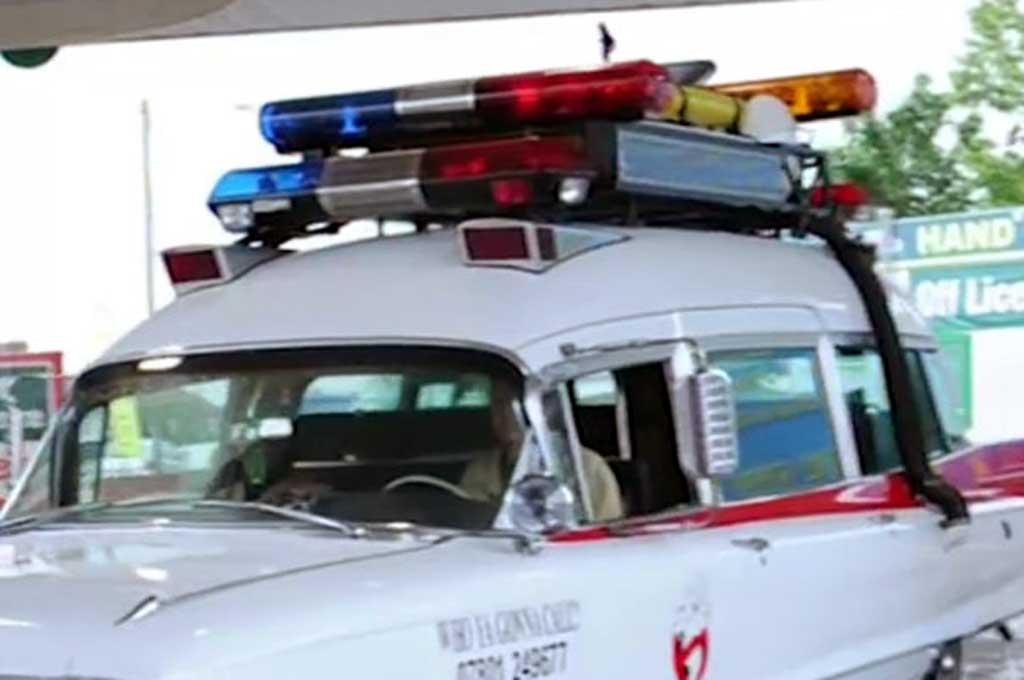 Intip Replika Mobil Ghost Busters ala Paul Harborne