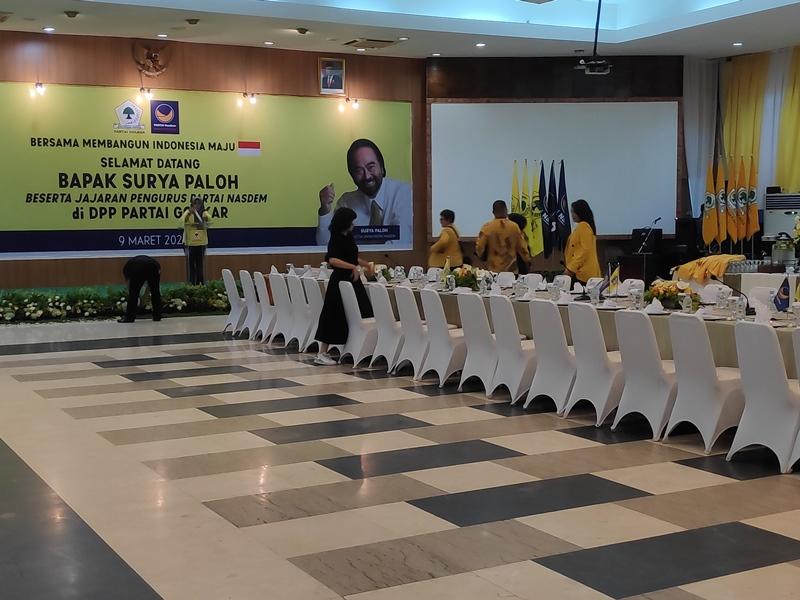 DPP Golkar Bersolek Menyambut Surya Paloh