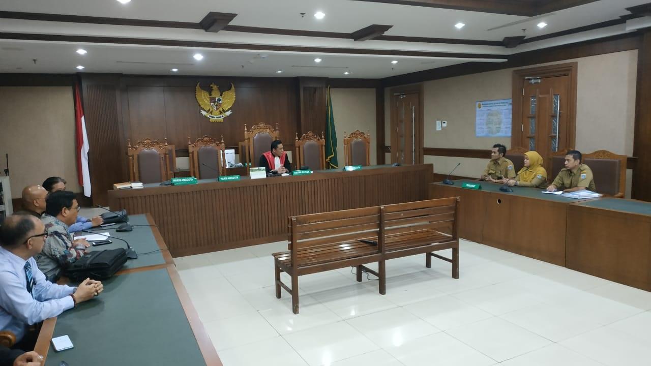 Hakim Sakit, Sidang Gugatan Banjir Jakarta Ditunda