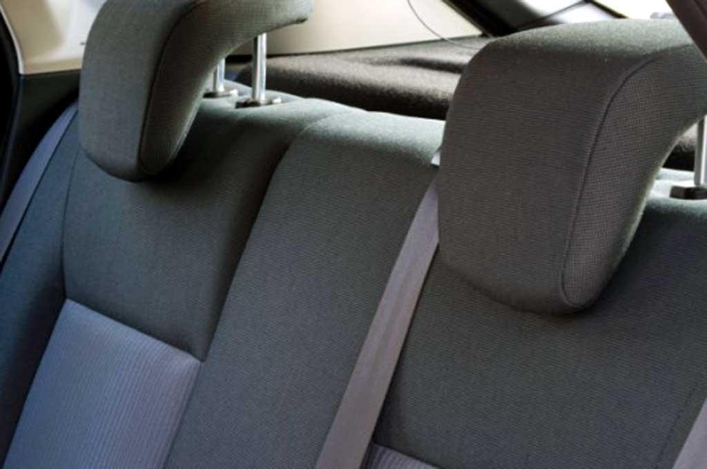 Jangan Abaikan Fungsi <i>Head Restraint</i> Mobil