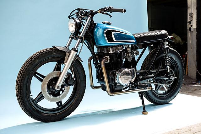 Gaya Retro Klasik Honda CB400T Era 70-an