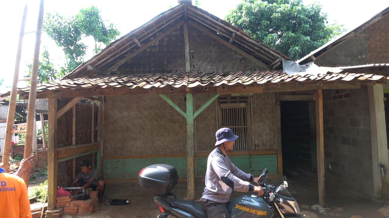 Rumah Sawani sebelum diperbaiki