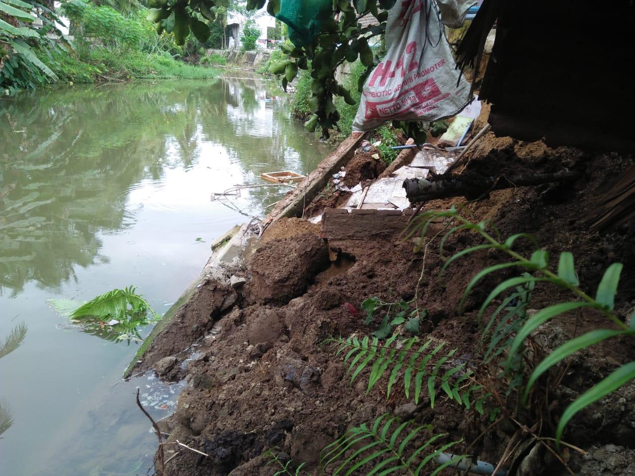 Hujan Deras Picu Abrasi di Aceh