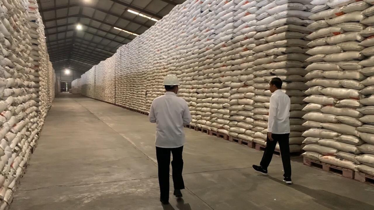 Jokowi Instruksikan Bulog Operasi Pasar