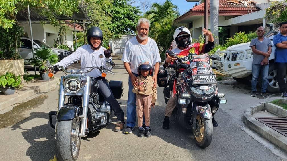 Bapak & Anak Sukses Touring Antar Negara, Tembus 5.000 KM