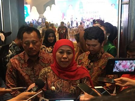 Khofifah Target Bukukan Rp100 Miliar di Jatim Fair