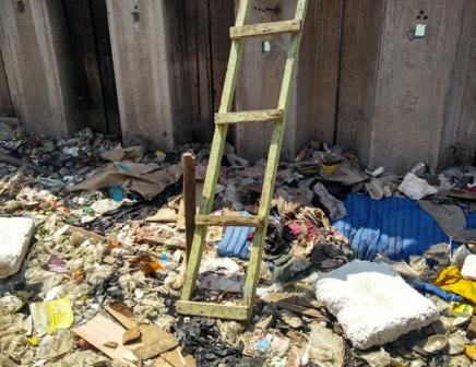 Sampah Ikut <i>Mewarnai</i> Sunter Jaya