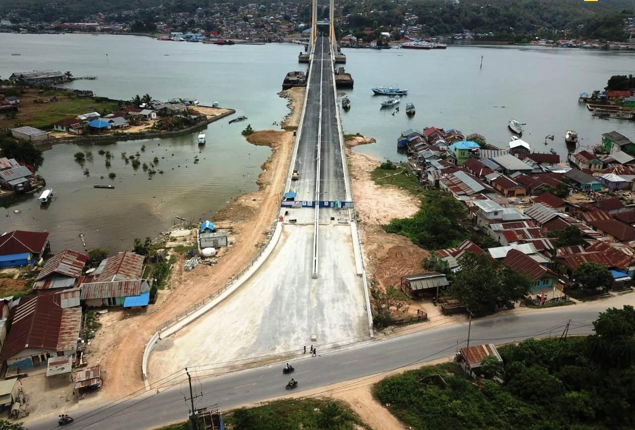 Desain Jembatan Teluk Kendari Sepanjang 1,43 Km