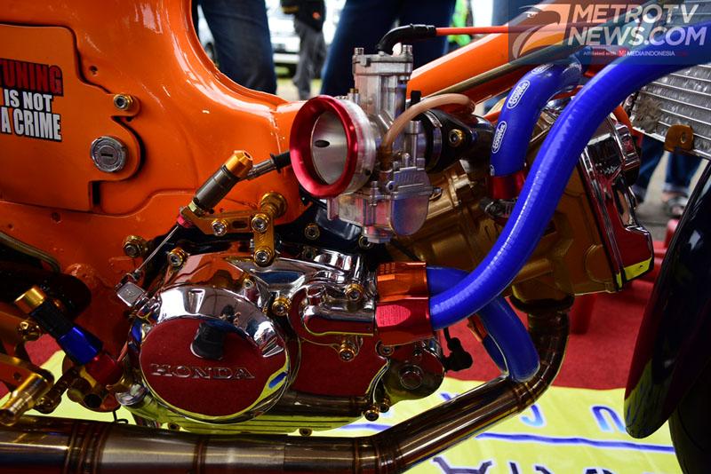 Tampilan Ngejreng Modifikasi Honda C70