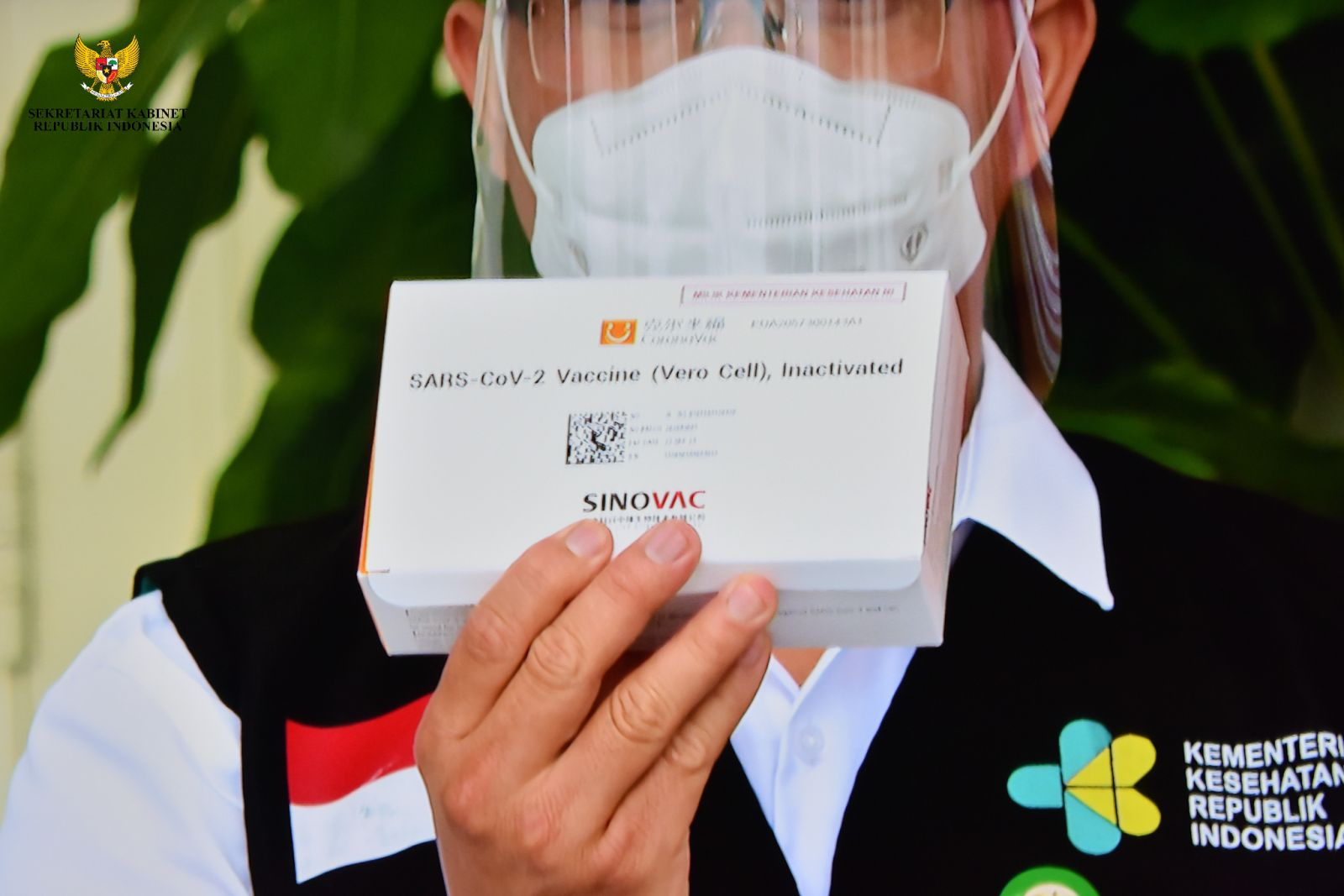 Penampakan Vaksin yang Disuntikkan ke Tubuh Jokowi