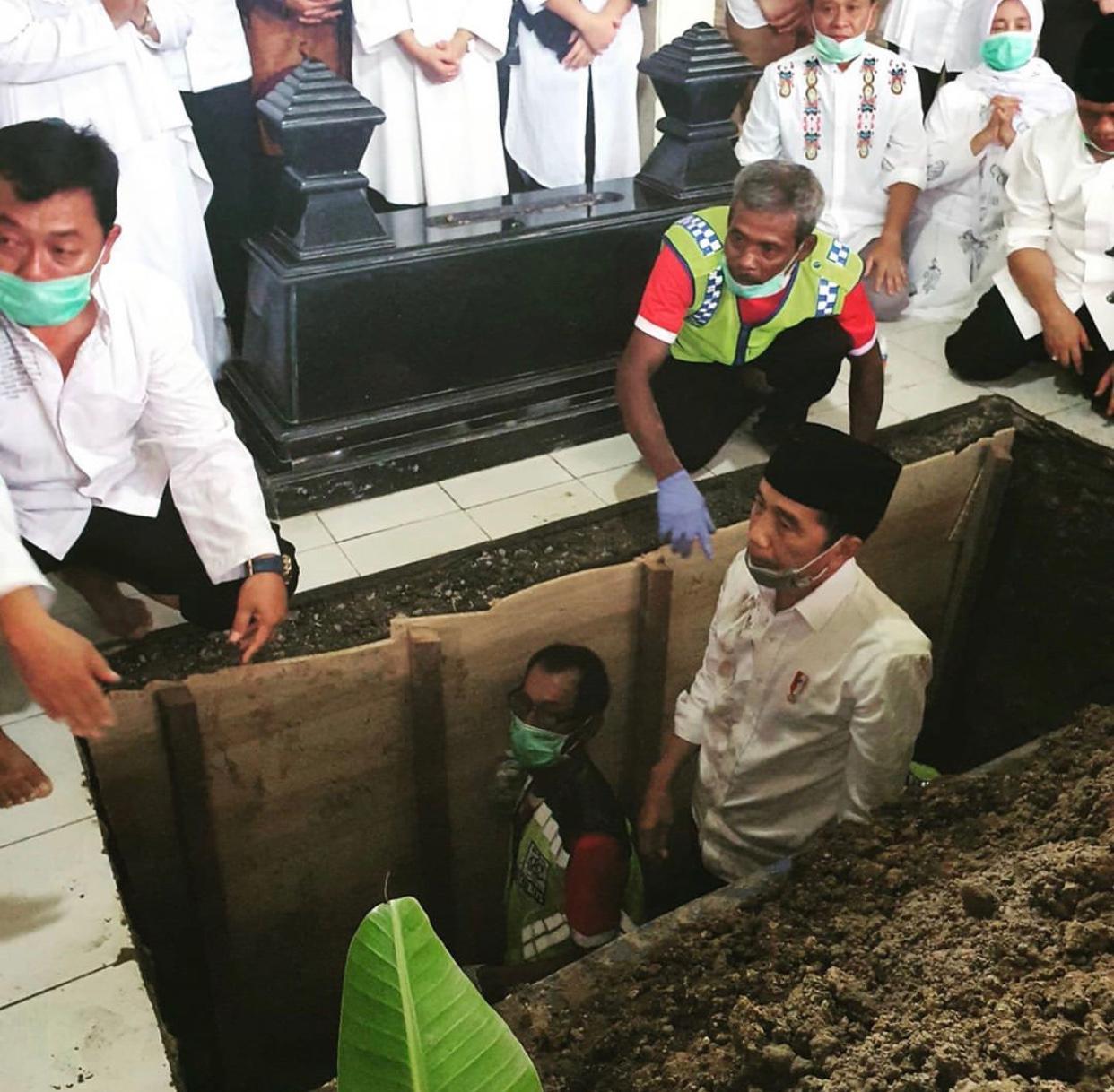 Korona Hingga Tabahnya Jokowi Menghadapi Musibah
