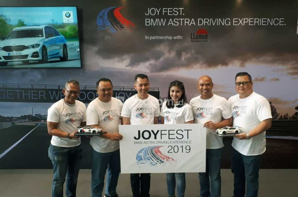 Rasakan Sensasi Balapan Mobil di Joy Fest BMW Astra Driving Experience