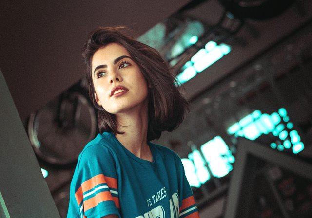 4 Gaya Rambut Panjang Trendi untuk Wanita