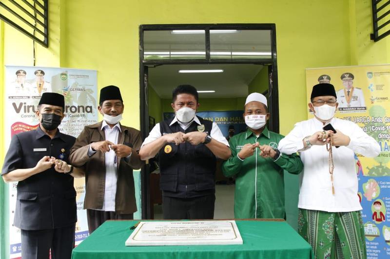Herman Deru Inisiasi Vaksinasi Massal Bagi Pengurus Ponpes di Sumsel