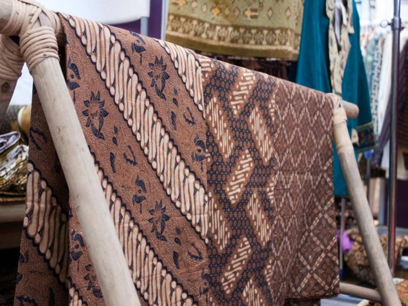Berwisata sambil Mengenal Batik dan Ciri Khasnya di Setiap Daerah