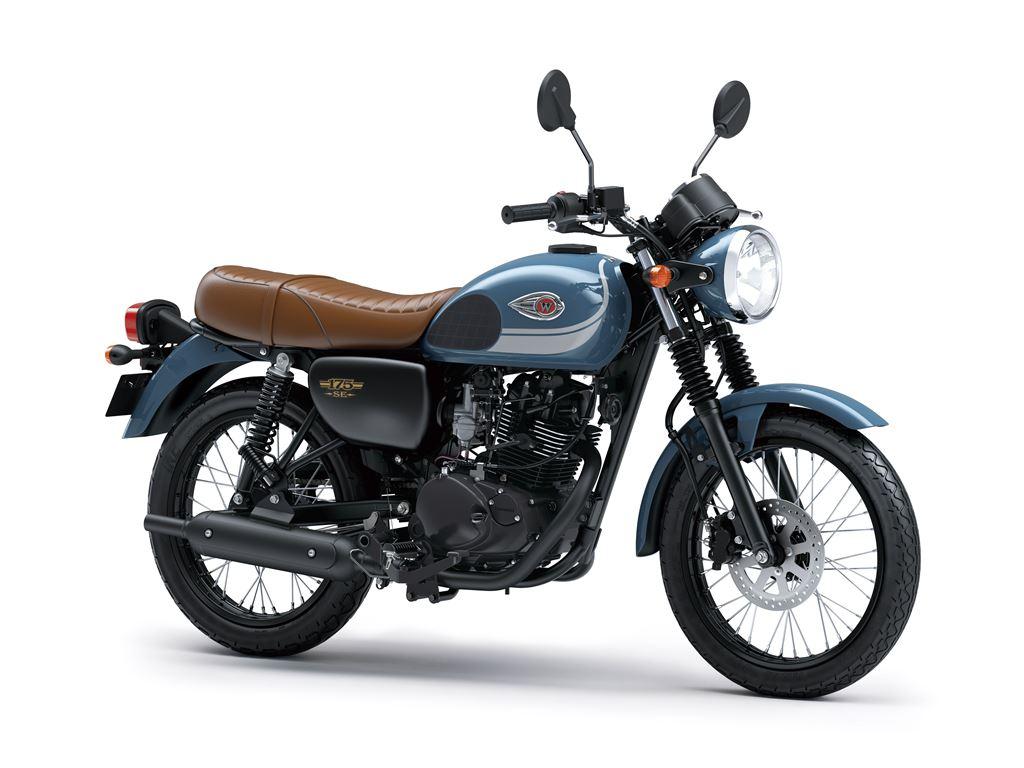 Kawasaki W175 Curi Perhatian Pencinta Motor Klasik