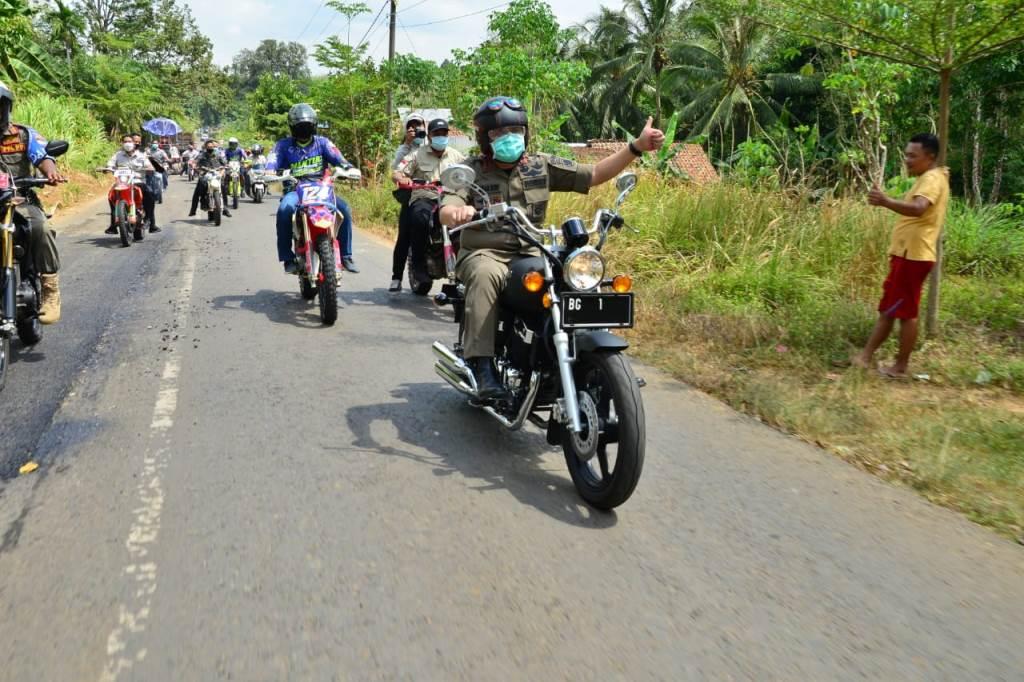 Cek Kondisi Jalan di Musi Rawas, Gubernur Sumsel Kendarai Motor Puluhan Kilometer
