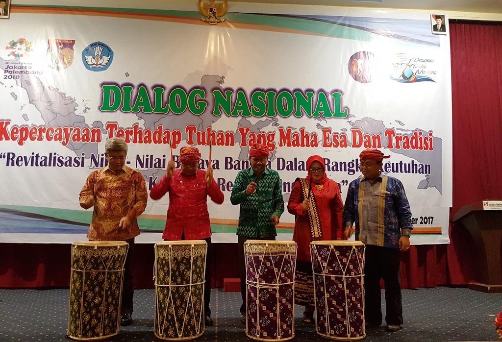 Revitalisasi Persatuan Bangsa Melalui Dialog Nasional di Pekan Budaya Indonesia III