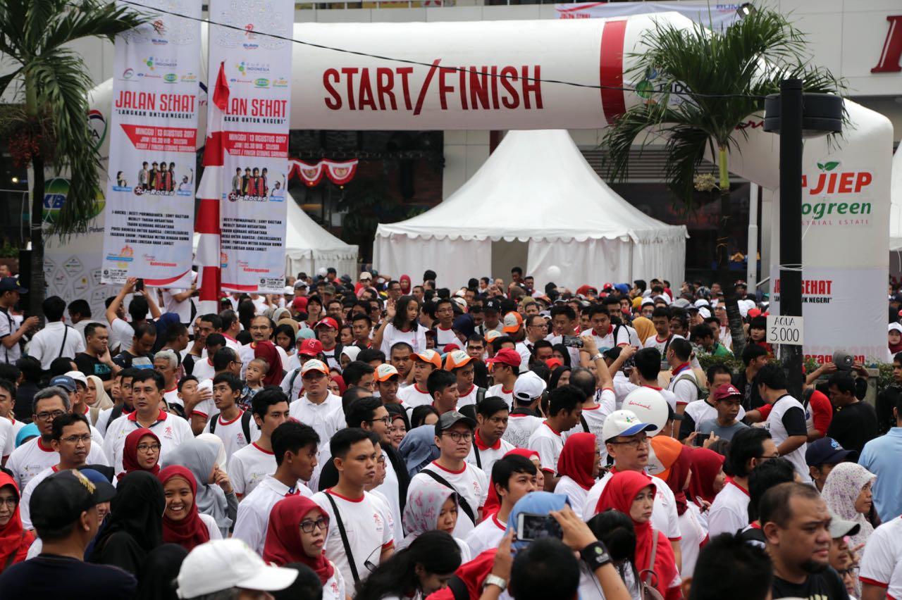 Sambut HUT ke-72 RI, Pupuk Indonesia dan 4 BUMN Gelar Jalan Sehat