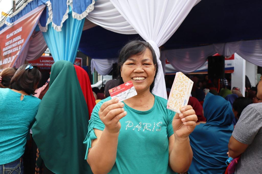 Penambahan Bantuan pada Program Sembako Murah Disambut Gembira KPM