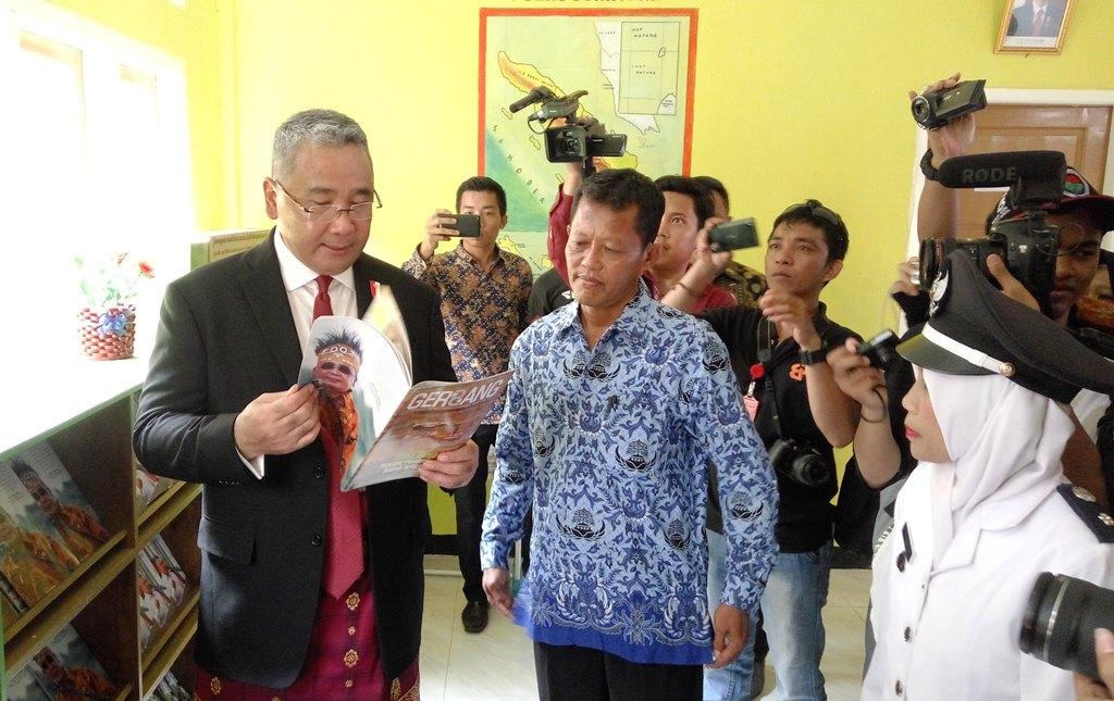 Mendes PDTT Rayakan HUT ke-73 RI di Desa