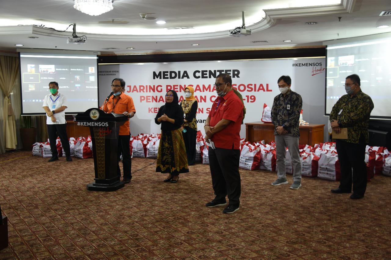 Kemensos Apresiasi PT Pos Indonesia dalam Menyalurkan Bansos