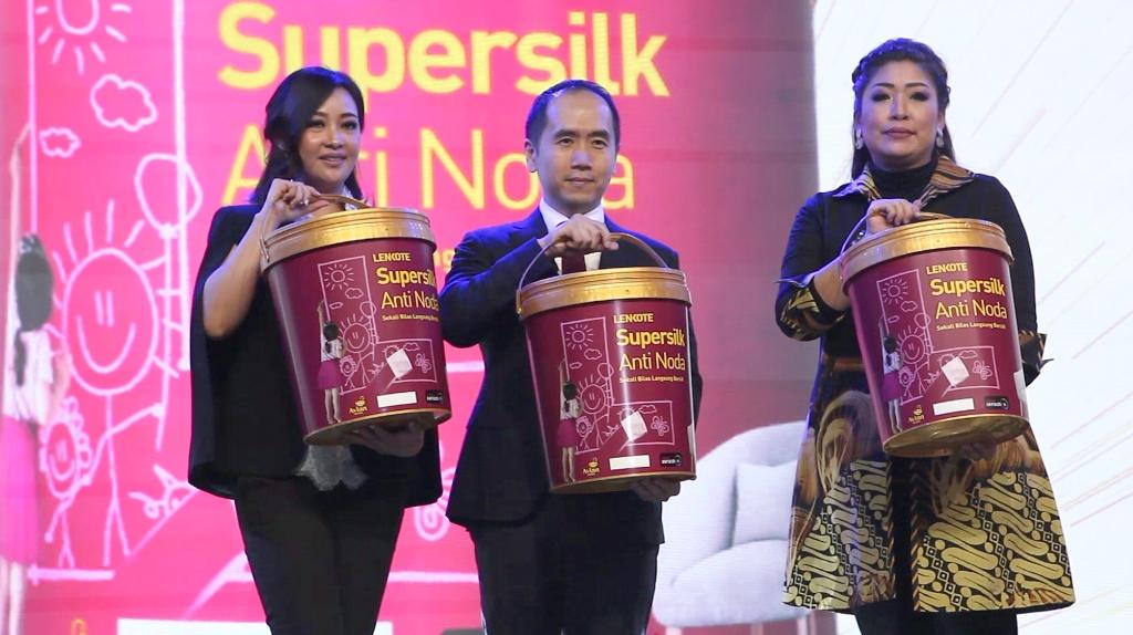 BCL Pakai Cat Tembok Supersilk Anti Noda, Sekali Bilas Langsung Bersih!