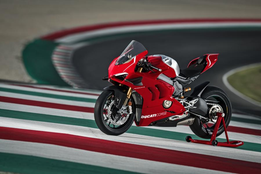 Ducati Panigale V4R dengan Teknologi WSBK