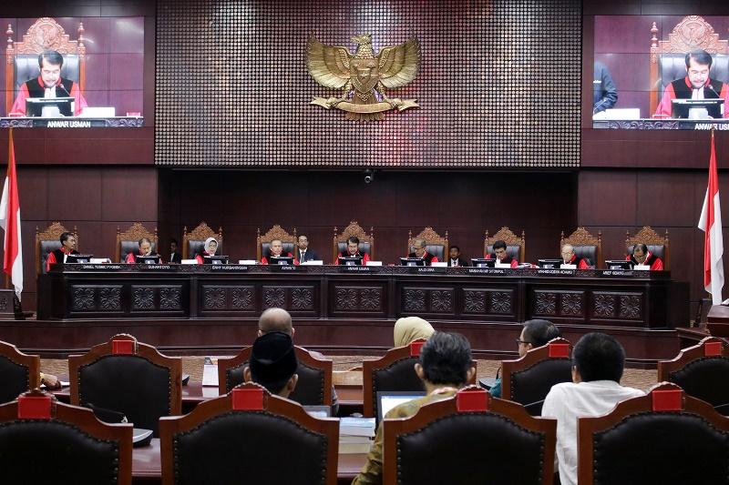 Presiden Diminta Hadir di Sidang Uji Materi UU KPK