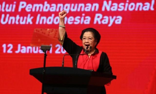 <i>Pembangunan Nasional Harus Berkesinambungan</i>