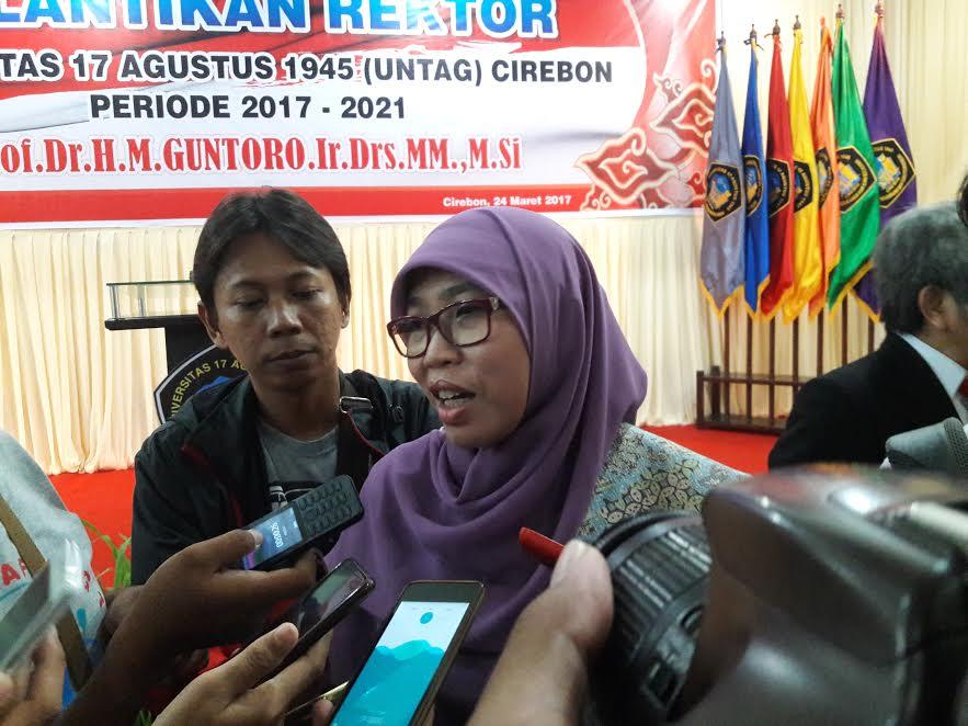 PKS Bantah Wajibkan Perempuan Jadi Ibu Rumah Tangga