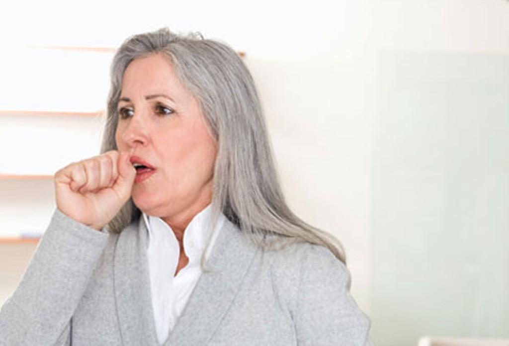 Mengapa Pneumonia Lebih Sering Menyerang Lansia?