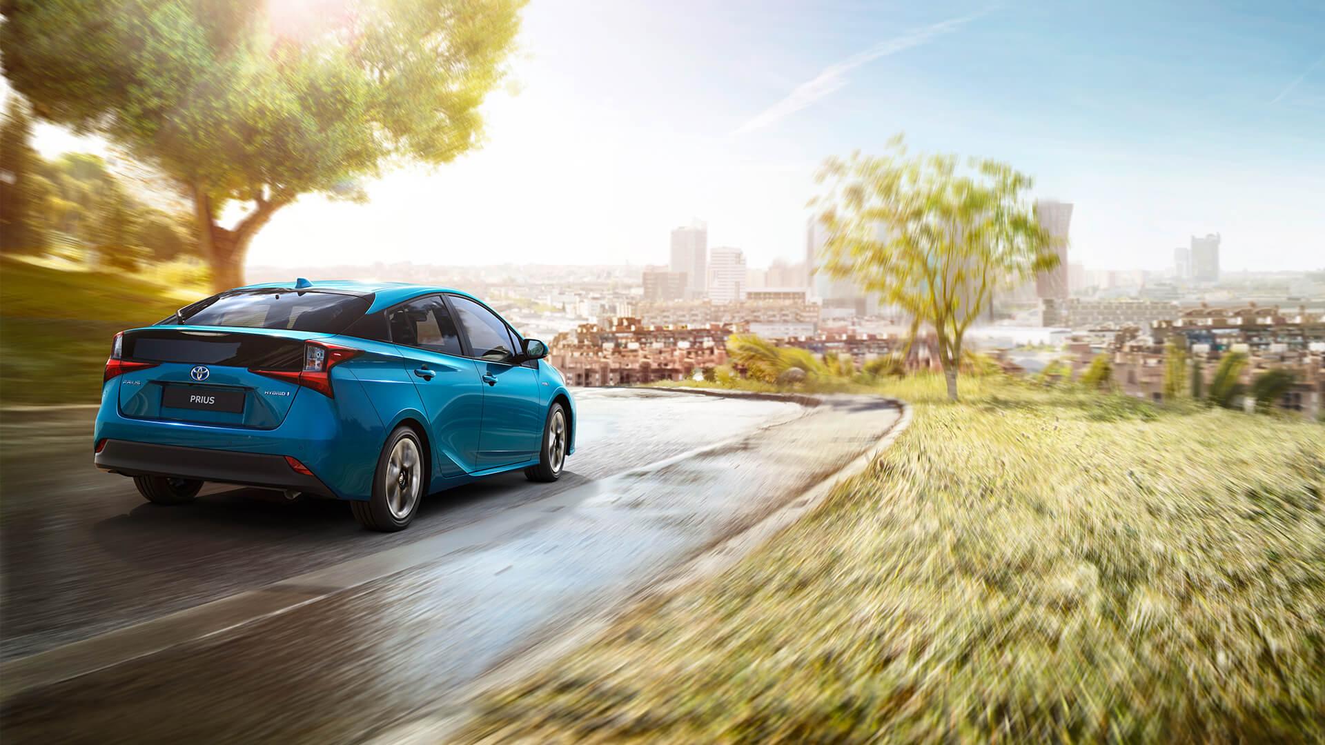 Toyota Bidik Bisnis Pengembangan Teknologi Hybrid