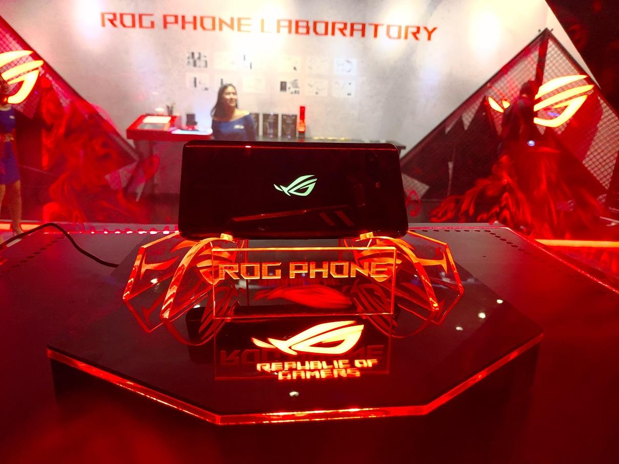 Lebih Mahal dari Galaxy S9, ASUS Jamin ROG Phone Laris