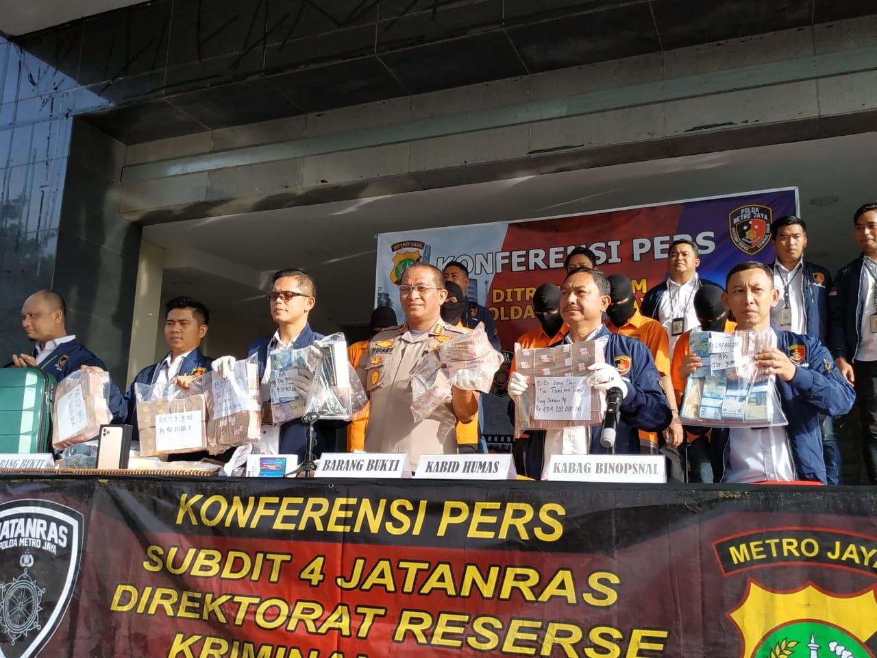 Sopir Bersekongkol Menggondol Uang Majikan Rp4,25 M