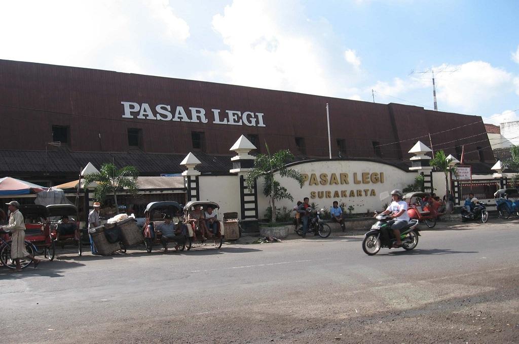 Tiga Pasar Bersejarah di Solo yang Terbakar