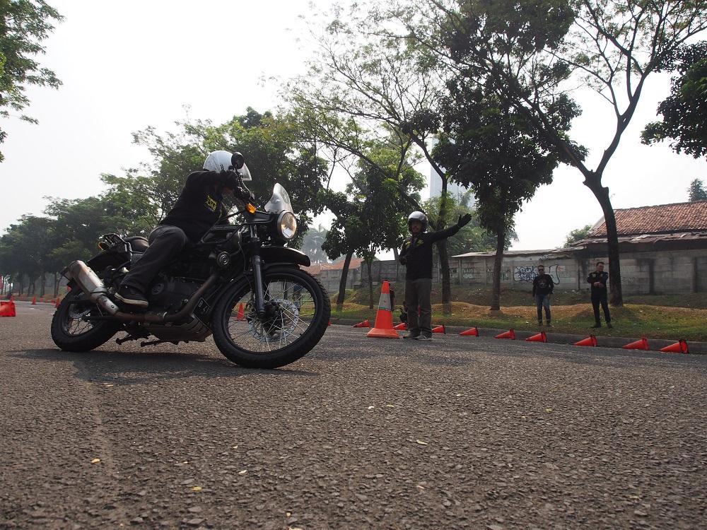 Pentingnya Edukasi Safety Riding Pengendara Moge