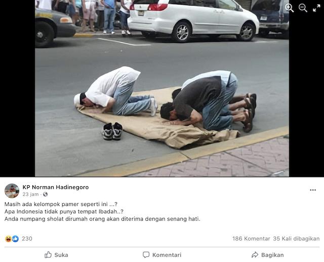 [Cek Fakta] Foto Pamer Salat Berjemaah di Jalan Raya? Ini Faktanya