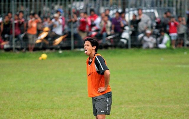 Adu Beken Golkar vs Demokrat di Piala AFF 2010