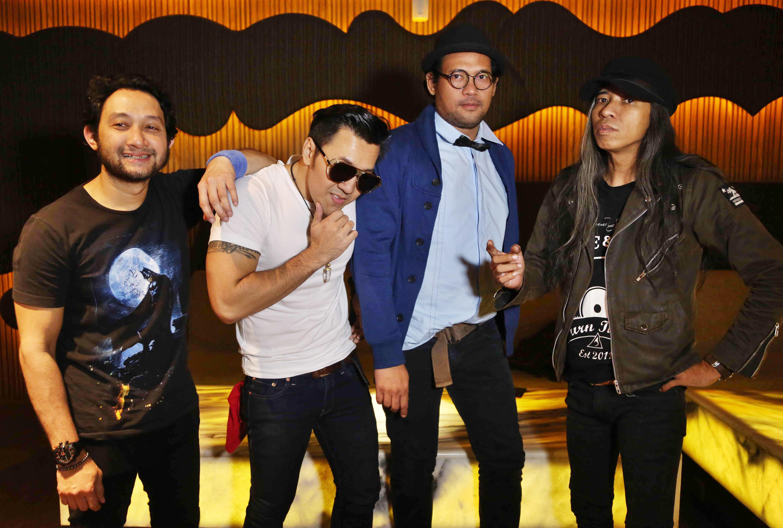 Masa Awal Naif: Disambit Penonton hingga Manggung di Acara Musik Underground