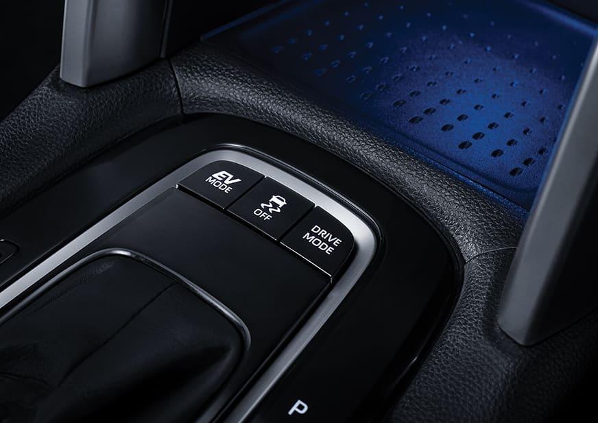 Mobil Hybrid Termurah Toyota Diluncurkan, Tak sampai Rp500 Juta