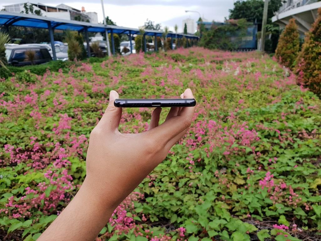 Xiaomi Mi 8 Lite, Memang Tampil Lebih Mewah