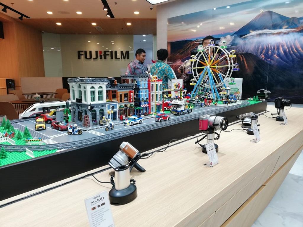Fujifilm Gelar Showroom di Surabaya, Apa Tujuannya?