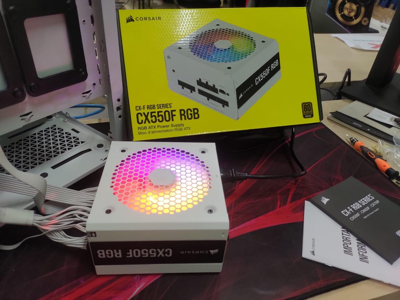 Corsair Rilis Produk PSU Kelas Entry-Level Tampilan RGB